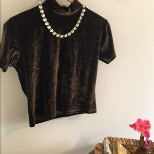 Ellemenno Velvet Top— Like New